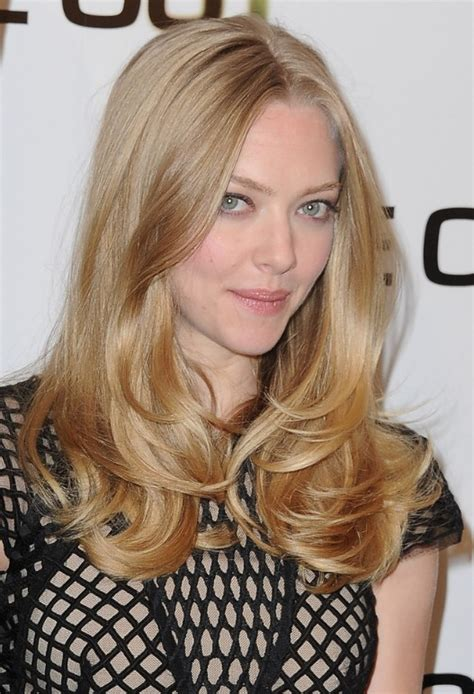 long hairstyles layered part in the middle hairstyle amanda seyfried long hairstyle middle part layered
