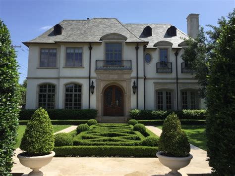troy aikman house troy aikman s house in highland park sold to ashley malcolm ross clients dpm