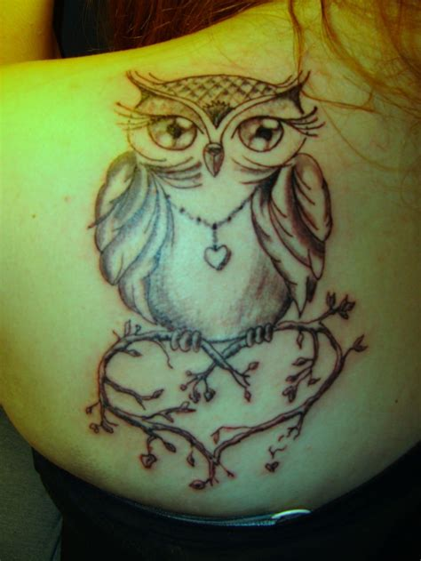 owl shoulder tattoo back shoulder owl tattoos
