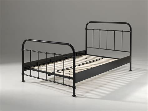 lit metal lit en m 233 tal pour un style industriel de 120 x 200 so nuit