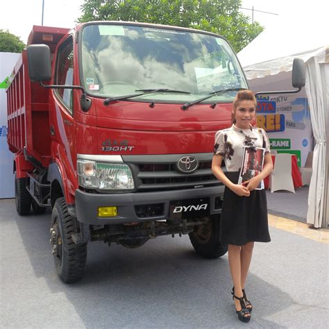 Kasur Mobil Untuk Ertiga diskon rp45 juta truk dyna 4x4 cocok untuk perkebunan