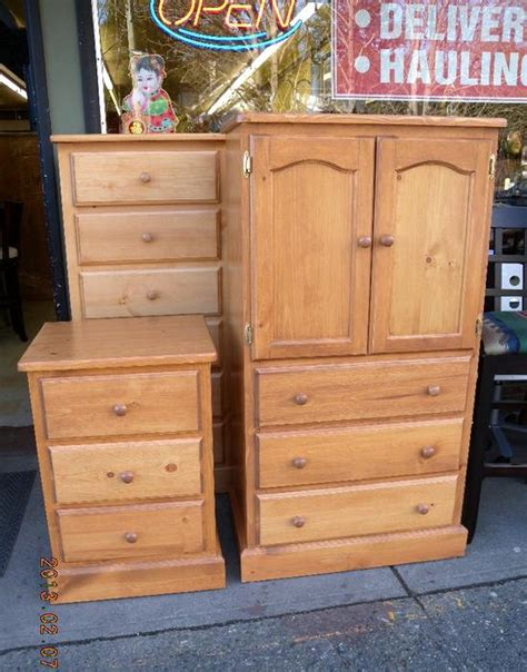 Dressers And Armoires On Sale Armoires Dressers Chest Are On Sale Now Loi S