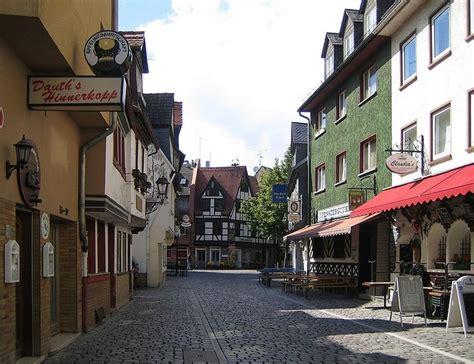 frankfurt sachsenhausen sachsenhausen frankfurt germany frankfurt
