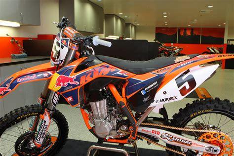 Shop Ktm Inside The Bull Ktm Race Shop Motocross Feature