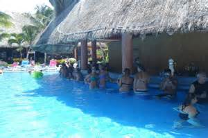 Jaguars Discotheque Barcelo Swim Up Bar Picture Of Barcelo Tropical