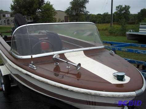 are larson pontoon boats good 1968 larson 15 runabout boat just came out o