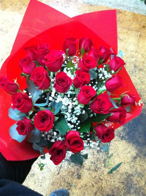 ramos de rosas para san valentin 46 best flores para san valent 237 n images on pinterest