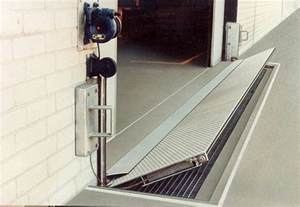 Garage Door Flood Protection garage door flood barrier wageuzi