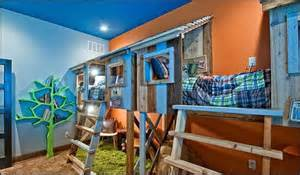 Bed Bugs On Ceiling Decorating Theme Bedrooms Maries Manor Treehouse Theme