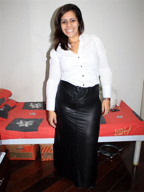zizi silva rosa pitanga black leather skirt lojas