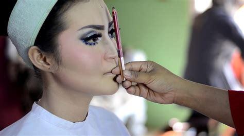 tutorial makeup pengantin paes ageng tutorial makeup pengantin putri solo paes agengmua by