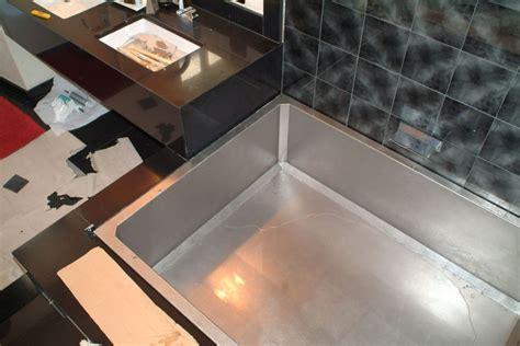 piatti doccia alti arredo balcone porpora e viola