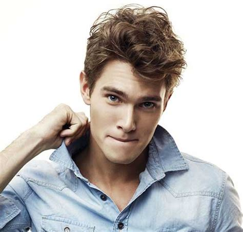 haircuts boy actor curly 25 haircuts for men with curly hair mens hairstyles 2018