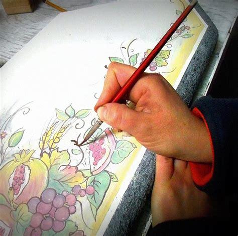 piastrelle decorate a mano piastrelle decorate a mano rivestimenti e complementi di