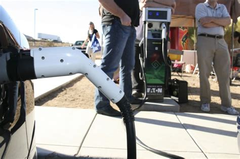 Electric Vehicle Charging Stations Tucson Tucson Tech Rapid Charge Facility For Electric Cars Opens