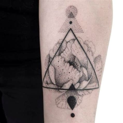 dotwork tattoo artists 583 best images about puntillismo dotwork on