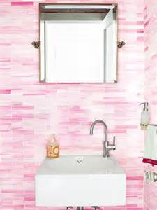 pinkes badezimmer 25 best ideas about pink bathroom tiles on