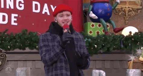 bazzi gif macys parade bazzi gif by the 92nd annual macy s