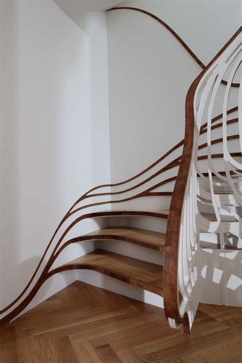 stair case unusual curved staircase digsdigs