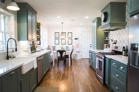 how to get on fixer upper 1000 images about fixer upper on pinterest eligible