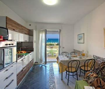 residence le terrazze alba adriatica residence alba adriatica appartamenti sul mare in abruzzo