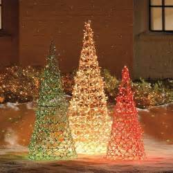 outdoor weihnachtsbaum 95 amazing outdoor decorations digsdigs