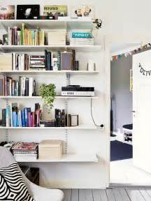 Bracket Bookshelves Adjustable Bracket Shelves In Living Room Ideas Para La