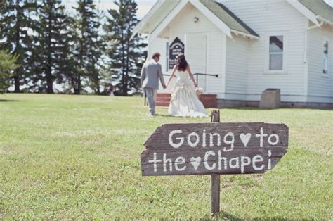 Country Church Wedding Decorations by The 25 Best Country Church Weddings Ideas On