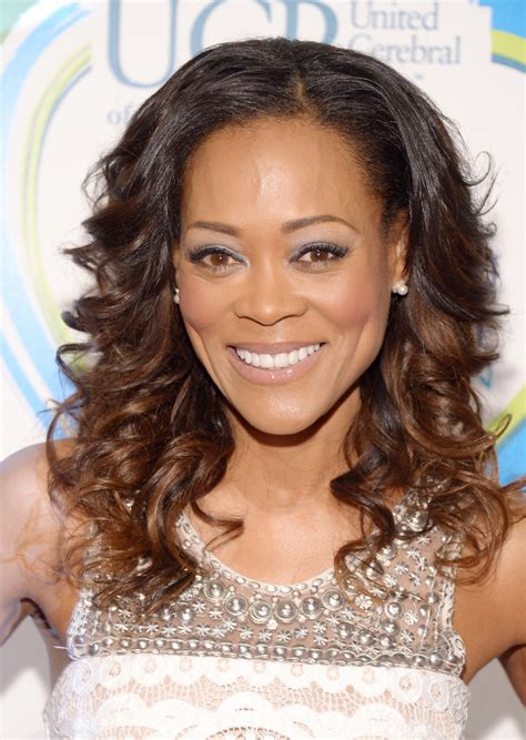 robin givens hairstyle on moehesa robin givens photos photos 13th annual women who care