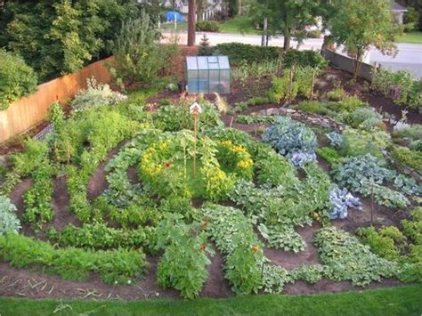 pictures of backyard vegetable gardens 17 best images about prayer labyrinths on pinterest gardens lutheran and vegetable