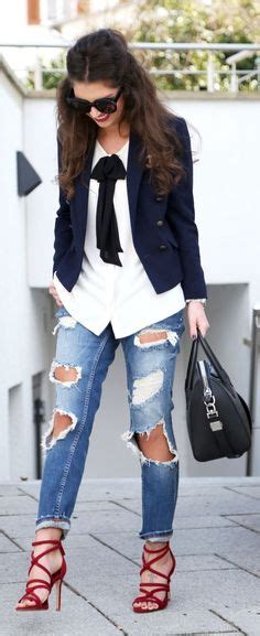 Sk 40 Black Chic Blazer 1 the cuffing season 25 stylish with cuffed black stiletto heels stylish