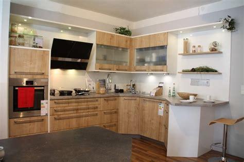kleine küche und esszimmer design k 252 che landhaus essplatz