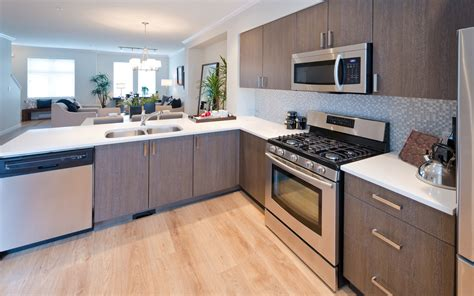 selling old kitchen cabinets 10 tips to give your kitchen a facelift for under 3 500
