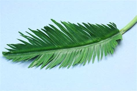 How To Make Paper Palm Leaves - make tiny realistic palms from paper or fabric
