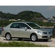 Nissan Tiida 2004 Photo 08 – Car In