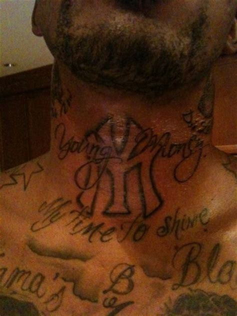 jr smith adds a young money tattoo young money hq