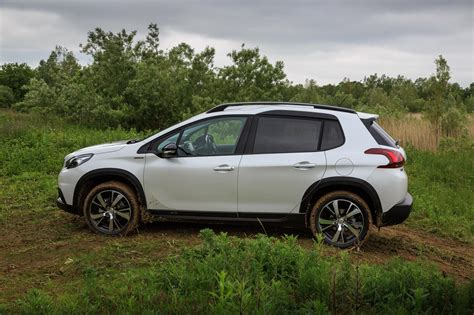 peugeot suv peugeot 2008 gt line the compact suv that can review