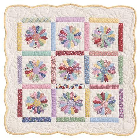 quilt pattern dresden plate free 25 best dresden plate patterns ideas on pinterest