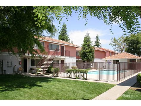 Summit Apartments Bakersfield Ca Springwood Court Apartments Bakersfield Ca Walk Score