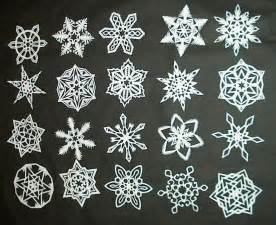 snowflake paper chain template diy how to make 6 pointed paper snowflakes 11 steps
