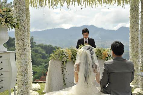 Wedding Burgundy Bandung by 5 Tempat Resepsi Pernikahan Outdoor Di Bandung