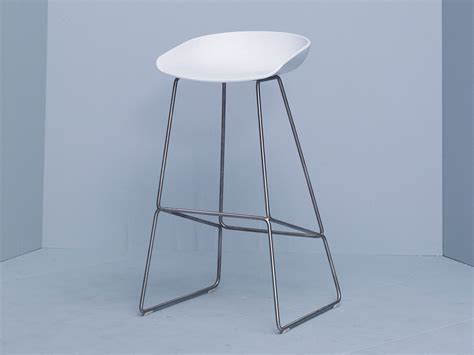 Hay About A Stool Usa by Buy The Hay About A Stool Aas38 Sled Base At Nest Co Uk