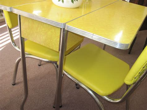1950s formica kitchen table and chairs retro drop leaf kitchen tables and chairs yellow 1950 s