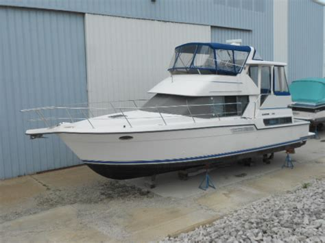 boat motors for sale in ohio carver 390 cockpit motor yacht boats for sale in ohio