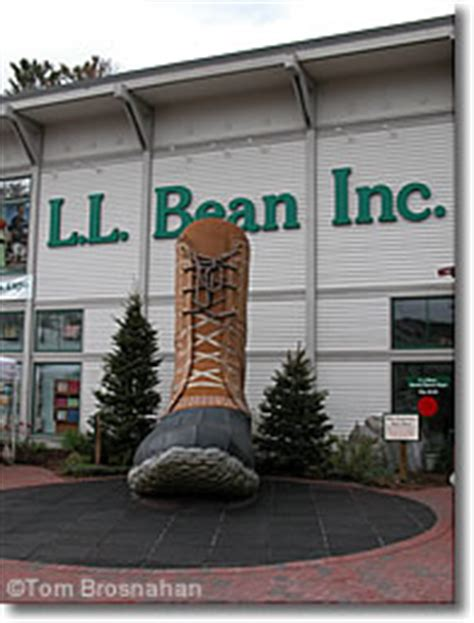 boat store freeport ny ll bean store in freeport maine