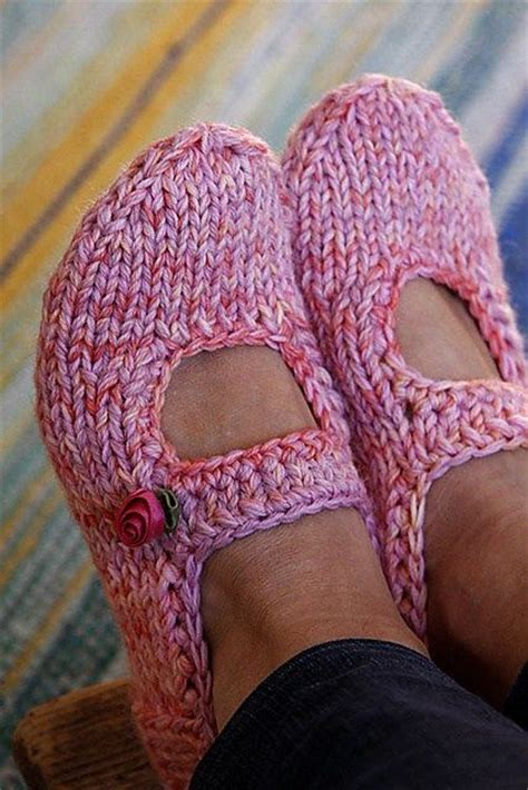 how to loom knit slippers best 25 knitted slippers ideas on