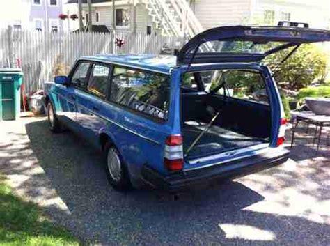 purchase  beautiful  volvo  dl wagon  norwood massachusetts united states