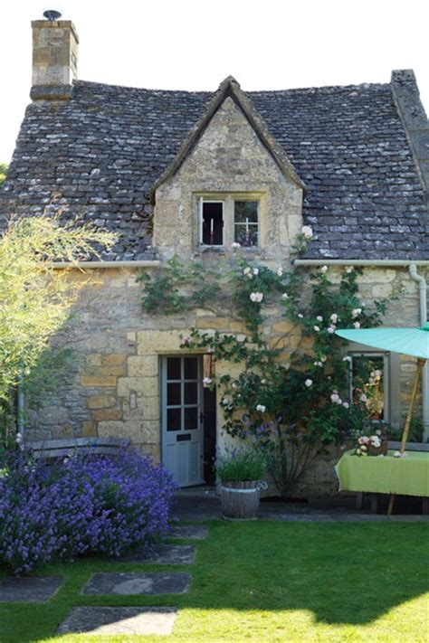 cotswolds country cottage gardens design