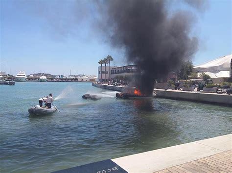 waterscooter ontploft boot ontploft in ibiza haven guestzone