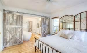 Farmhouse Style Bedroom bedrooms 25 simple farmhouse bedroom design ideas